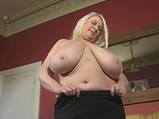 Samantha Big Tits Fun