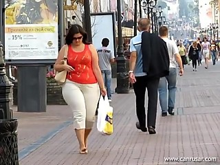 Candid Mom Has Wide Hips and a Wide..