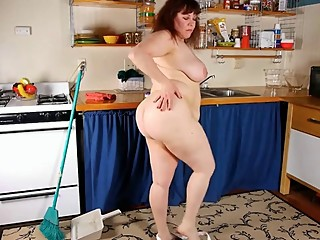 Thick Mom In Kitchen -..