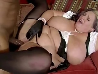 Plump mom with fat tits & black guy..